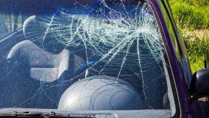 שמשת רכב שבורה - ביטוח שבר שמשות