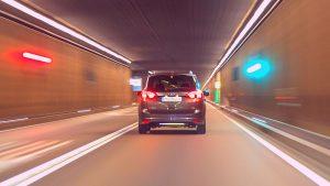 רכב במנהרה - ביטוח רכב בהתאמה אישית