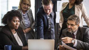 ישיבה עסקית - ביטוח שותפים ואנשי מפתח