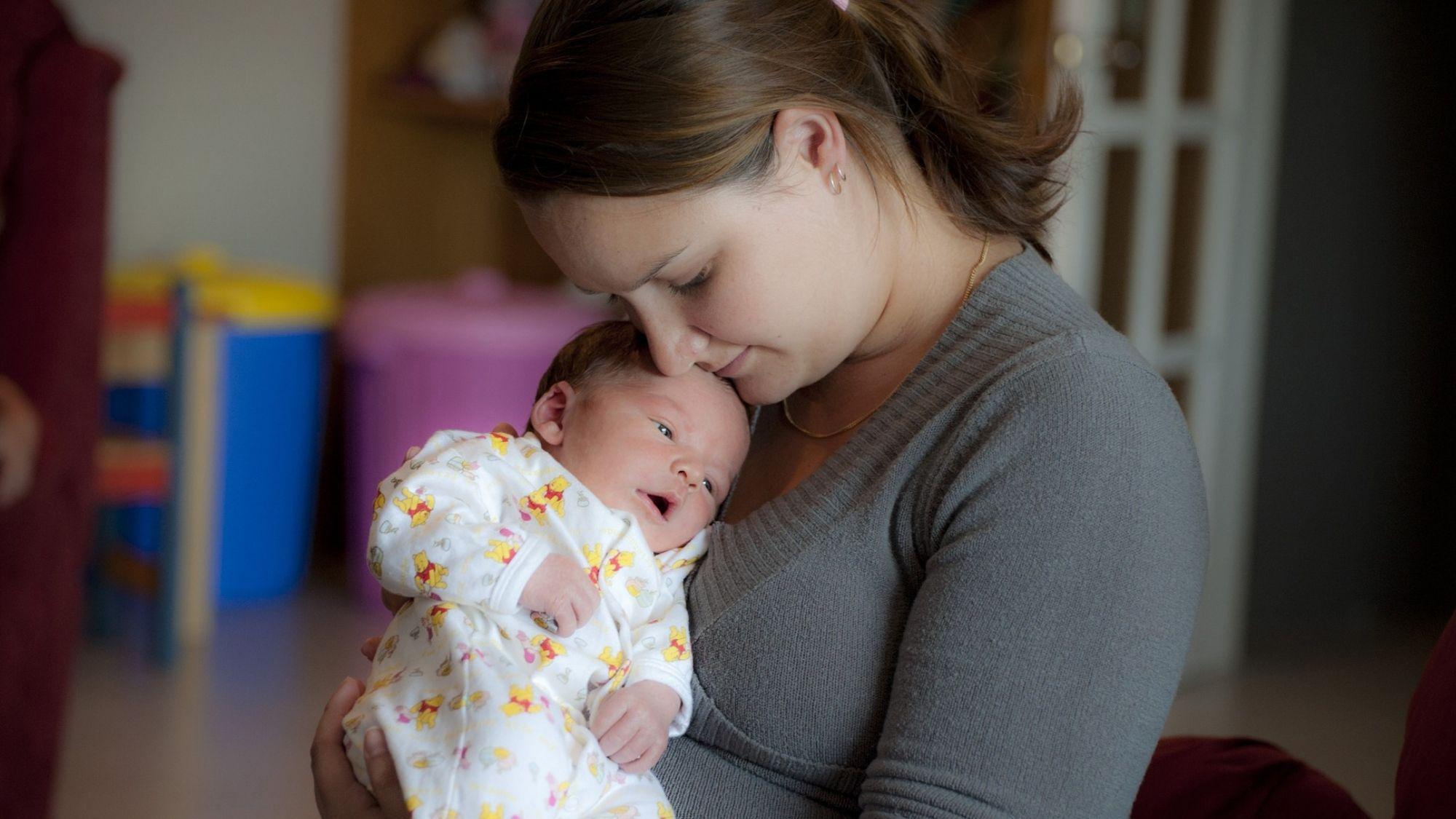 אמא ותינוק – חופשת לידה